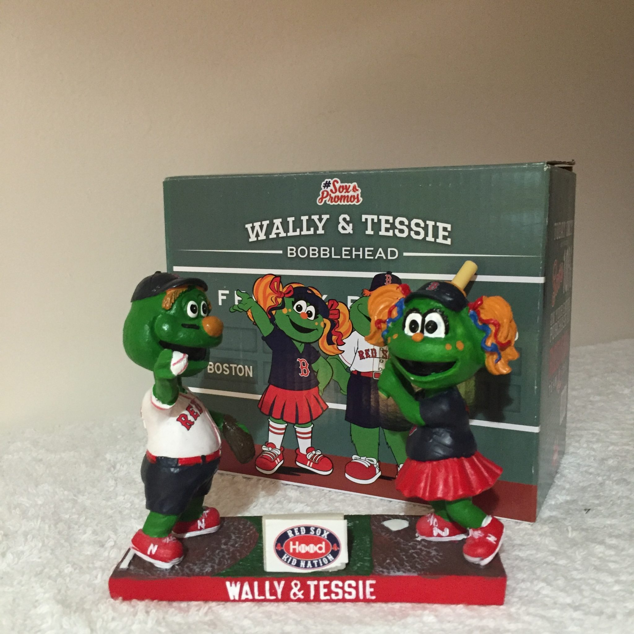Wally & Tessie