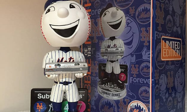 """Bobble of the Day Mr. Met """"Subway Series"""""""