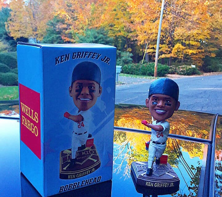 "Bobble of the Day ""Ken Griffey Jr."""