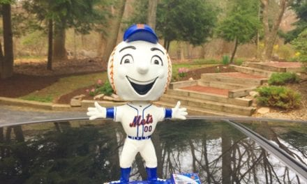 "Bobble of the Day ""Mr. Met"""