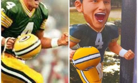 "Bobble of the Day ""Brett Favre"" Exclusive Ring Base Bobblehead"