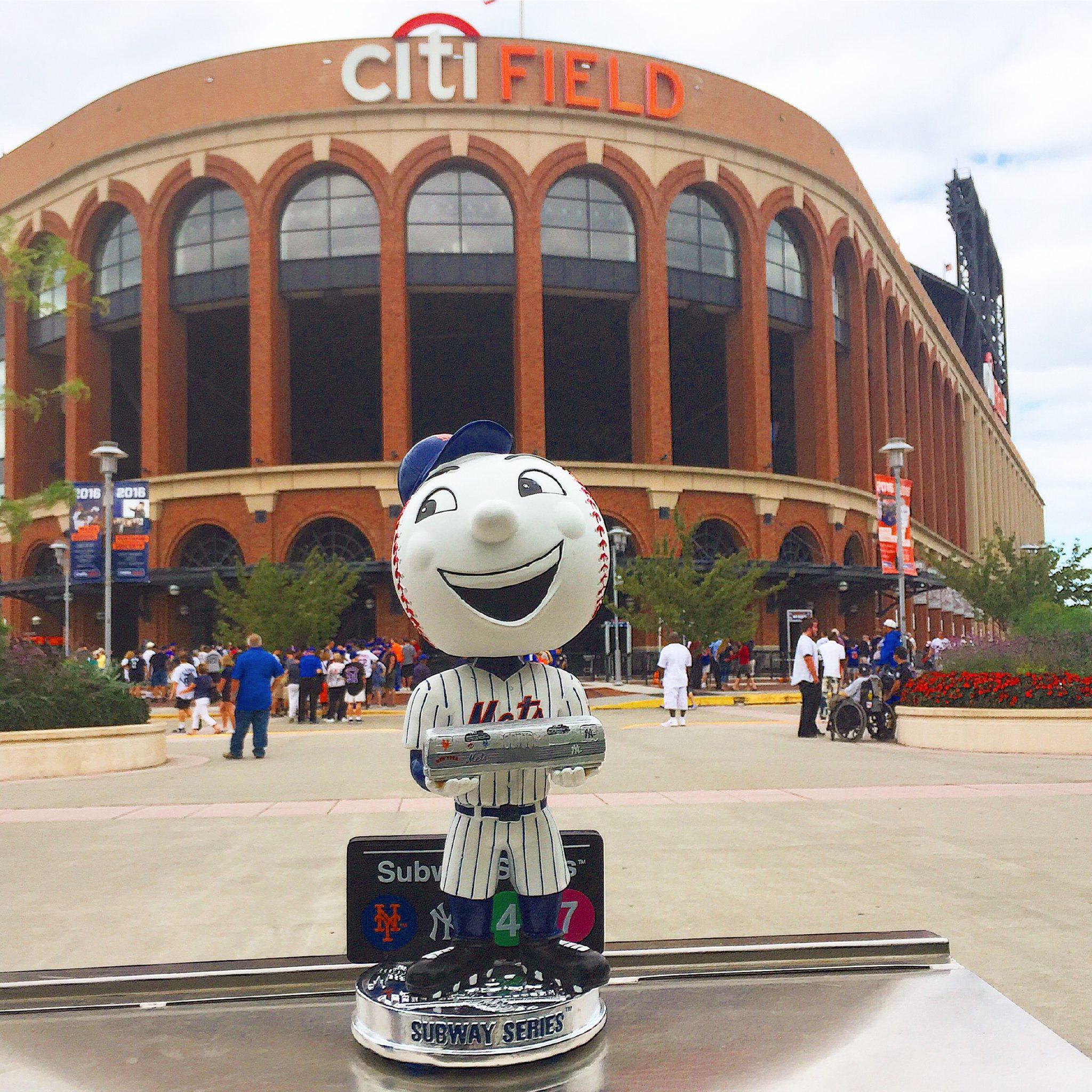 Subway Series Mr. Met