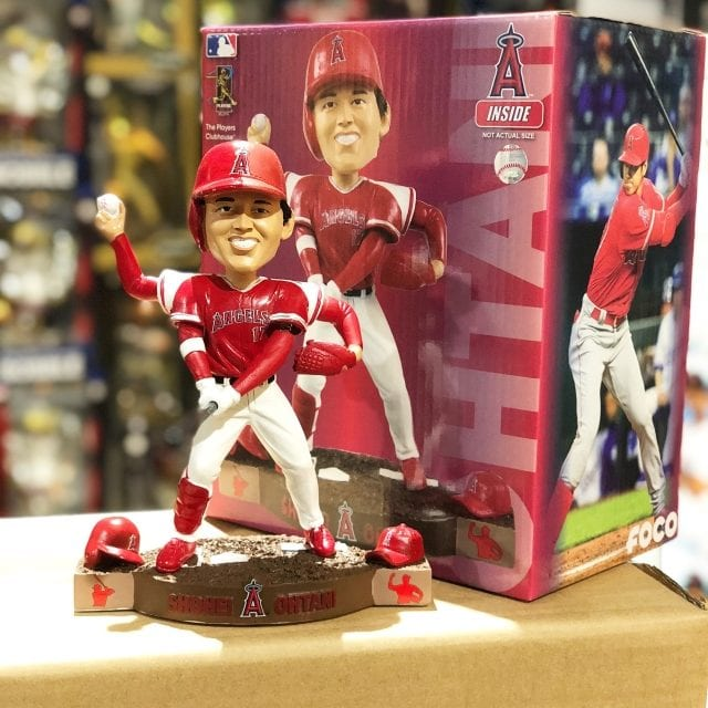 """Bobble of the Day """"Shohei Ohtani"""" Pitch & Hit Duel Bobblehead"""